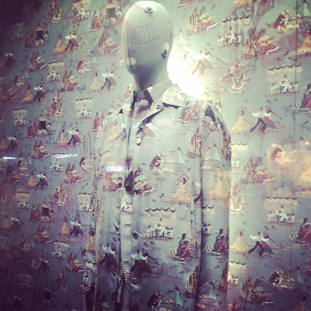 Loving the wallpaper print window display for #Valentino #pfw #whimsical…