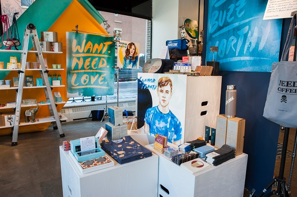 AwesomenessTV-STORY-Your-STORY-Retail-Experience-2